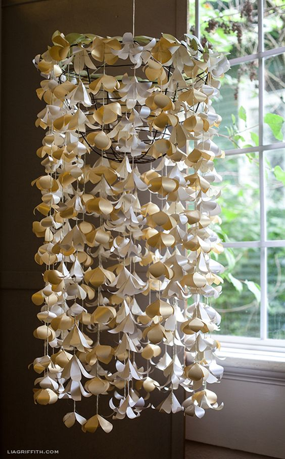 hanging paper flowers - Google Search | WEDDING: THIS IS IT ...:hanging paper flowers - Google Search,Lighting