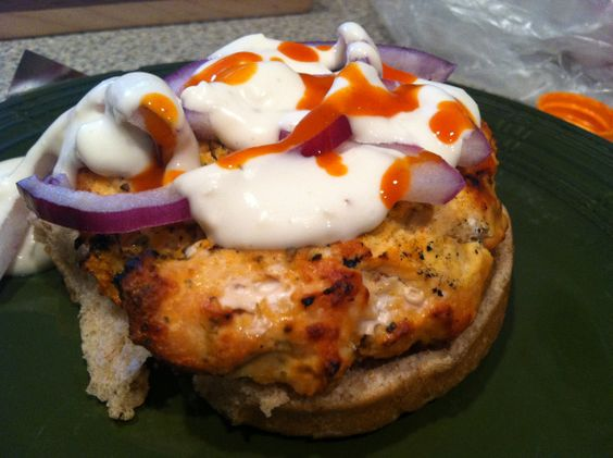 buffalo chicken burgers 006