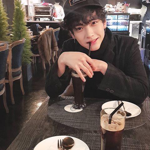 Jaehyun Kimjaehyun Instagram Photos And Videos Jaehyun Korean Idol Boyfriend Material