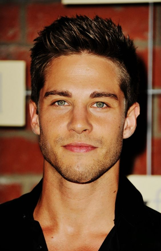Dean Geyer. I dont know who you are, nor how i came to find you, but may i just say, you are freaking hott!: