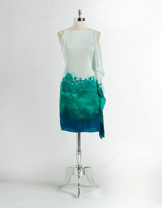 Reminds me of a dress my Mom wore in college.