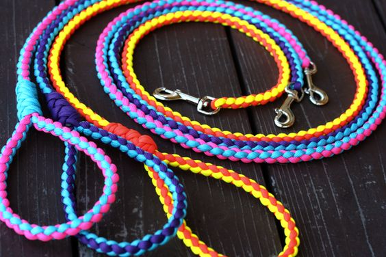 Dog leash paracord and dogs on pinterest for Paracord leash instructions