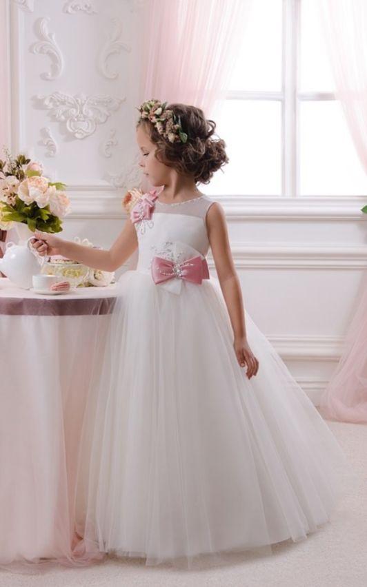 638e158841d12 اليك سيدتي تشكيلة مميزة من اجمل فساتين بنات صغار راقية للاعراس اختاري منها  ما يناسب طفلتك