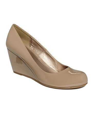 CL by Chinese Laundry Nima Wedge