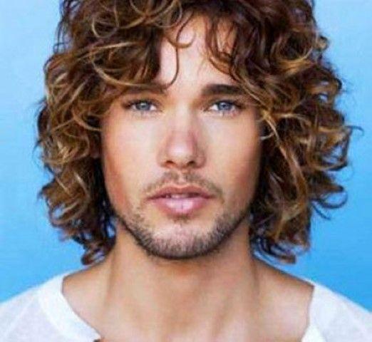 28 Besten Manner Lange Lockige Haare Ideen Frisuren Trends Lange Lockige Haare Lockige Haare Haar Ideen