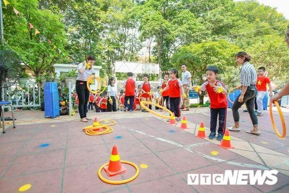 Áo cờ đỏ sao vàng trường tiểu học CGD Victory Hà Nội - Hình 4