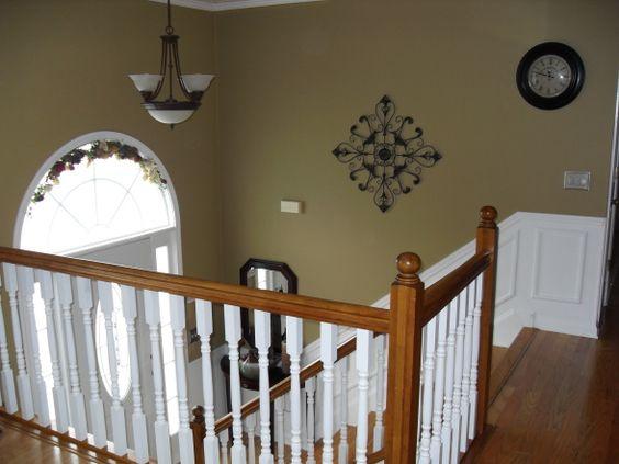 Foyers split foyer and keys on pinterest for Split foyer kitchen remodel ideas