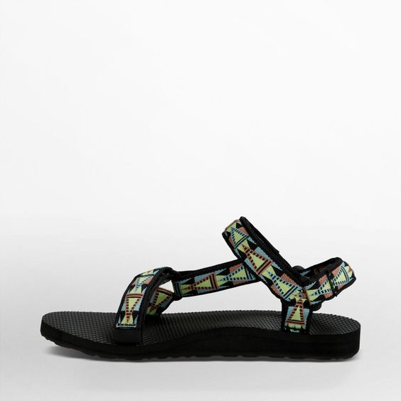 Free Shipping & Free Returns on Authentic Teva® Women's Original Universal sandals. Shop our collection of sandals for women at Teva.com
