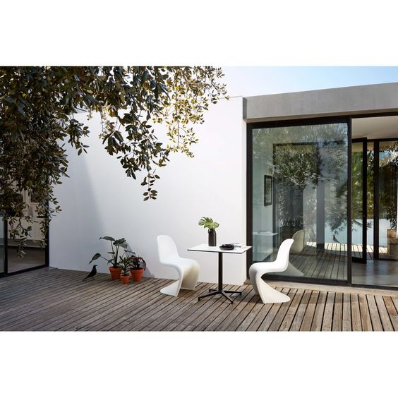 ガーデンチェア パントンチェア ヴィトラ アウトドア コーディネート例