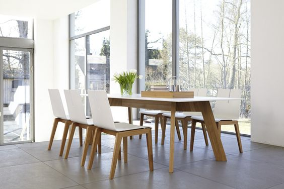 Y-WOMAN table & TENSION chair