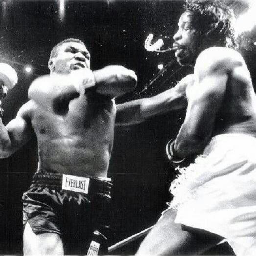 Mike Tyson vs Mitch Green https://www.facebook.com/Classicsportsphotos-340734696058372/timeline/