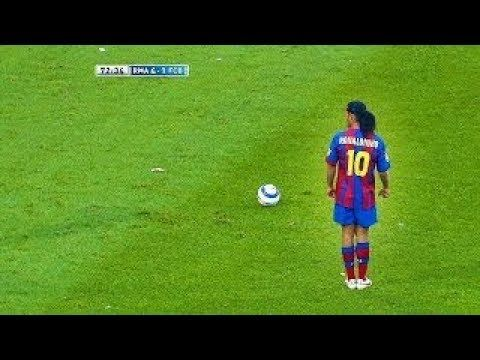 Ronaldinho S Goal That Stunned The World And Make Messi And Ronaldo Students Next To Him Youtube In 2020 Messi And Ronaldo Soccer Bicycle Kick