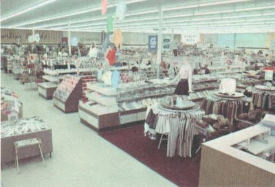 Pleasant Family Shopping: 1970's