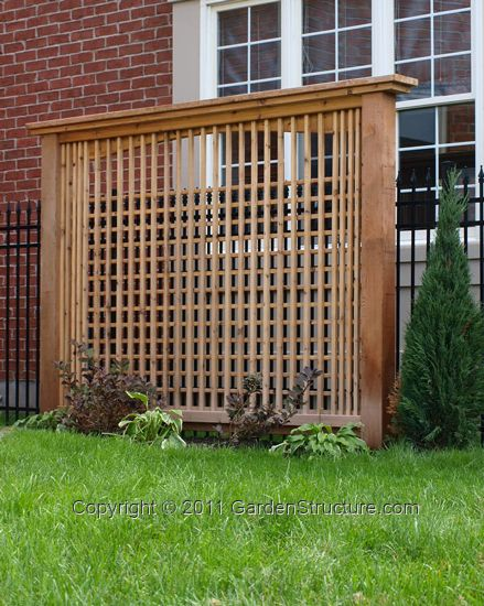 Privacy screens screens and western red cedar on pinterest for Lattice screen fence