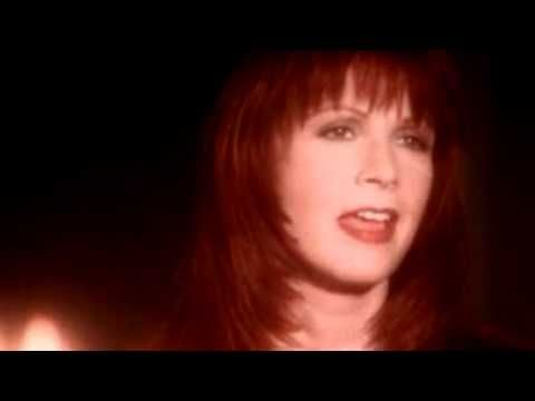 """Patty Loveless """"How Can I Help You Say Goodbye"""""""