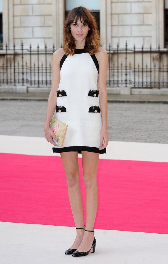 Alexa Chung white dress black details nude clutch black heels