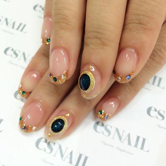 #nail#nails#nailart#naildesign#esnail#esnail_shibuya#gelnail#ネイル#エスネイル#ジェルネイル#clearnails#frenchnail#glitter#bijou#autumn#swarovski#autumnnails#glitternails