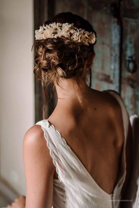 Notre Double Peigne Rania Flower Hair Comb Made In Paris Coiffure Boheme Mariage Coiffure De Mariage Chignon Accessoire Cheveux Mariage