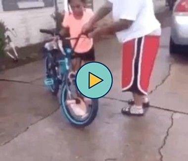 a bicicleta não aguentou o peso