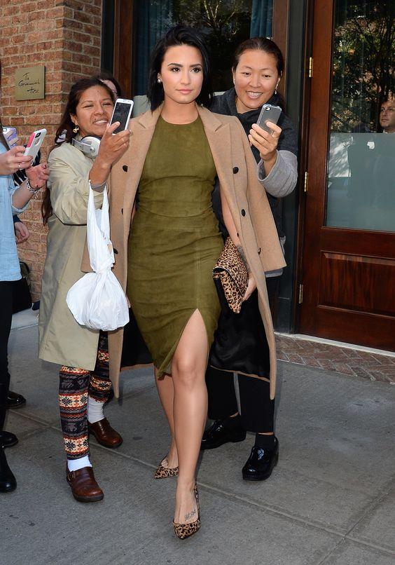 Demi Lovato – Leaving the Greenwhich Hotel in NYC 15.10.15