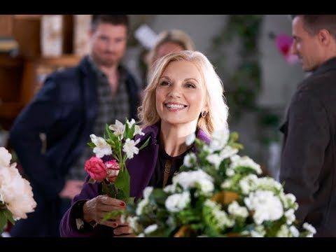 Hallmark Valentine In The Vineyard 2019 New Hallmark Romance Movies Youtube Romance Movies Vineyard Movie Night Popcorn