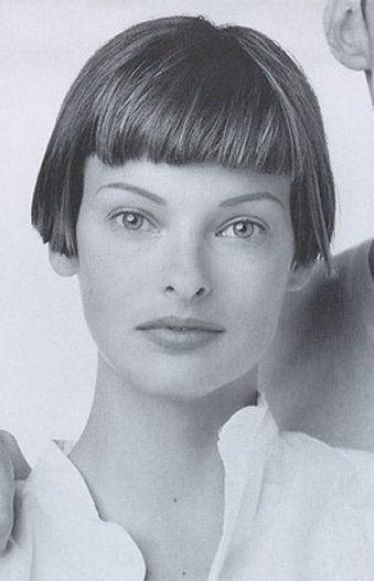 Linda Evangelista 339x527 28kb Media 293 Media 0339 Jpg 339 527 Pixel Linda Evangelista Bobs Haircuts Short Hair Styles