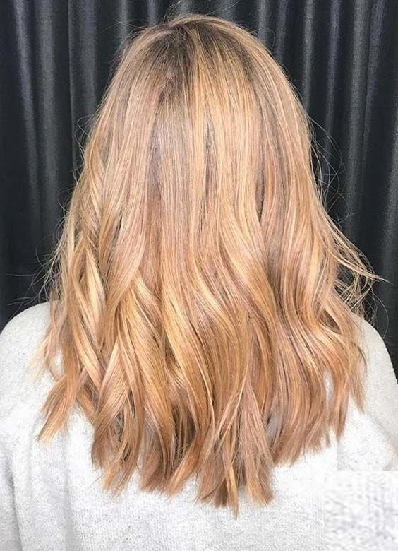Most Amazing And Unique Ideas Of Golden Locks And Golden Hair Colors For Long And Medium Haircuts In 2 Golden Hair Color Hair Styles Hair Colour For Green Eyes