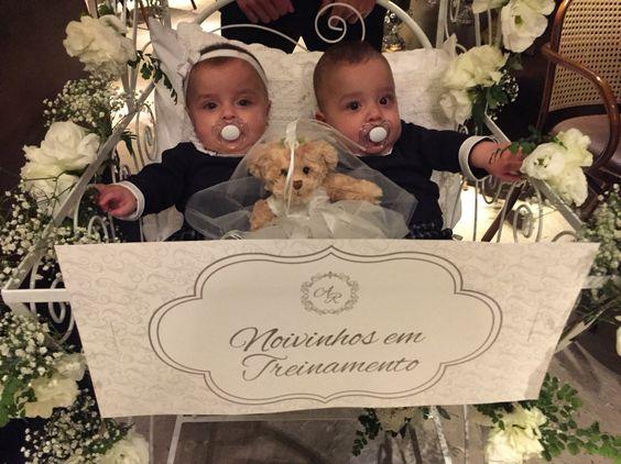 Lindos gêmeos