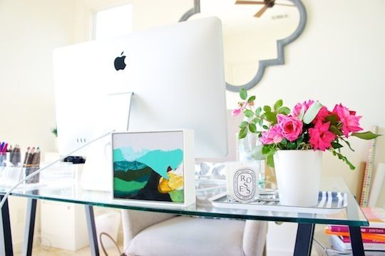 essentials. Mac comp + lovely Katherine Sandoz piece + pop of color through florals