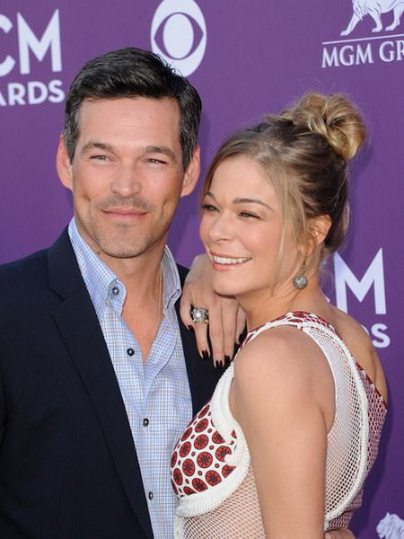 """LeAnn Rimes and Eddie Cibrian Tell the Tooth About Their Wedding Vows"" via @extratv"