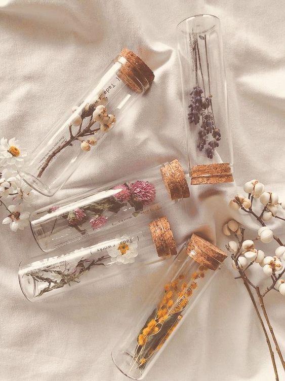 #gift flowers aesthetic