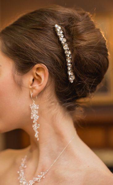 上流階級エレガントな『夜会巻き』Aライン・プリンセスドレスに似合う夜会巻き・アップスタイルの髪型参考♡