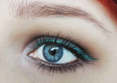 When trying this look make sure your makeup is almost identical to your eye colour