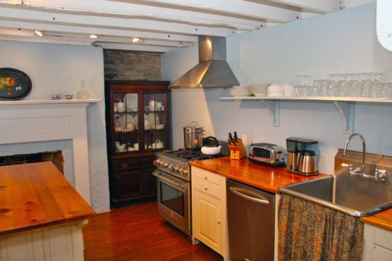 Historic Properties for Sale - Historic Daniel Donnelly House c.1833 - Williamsport, Maryland