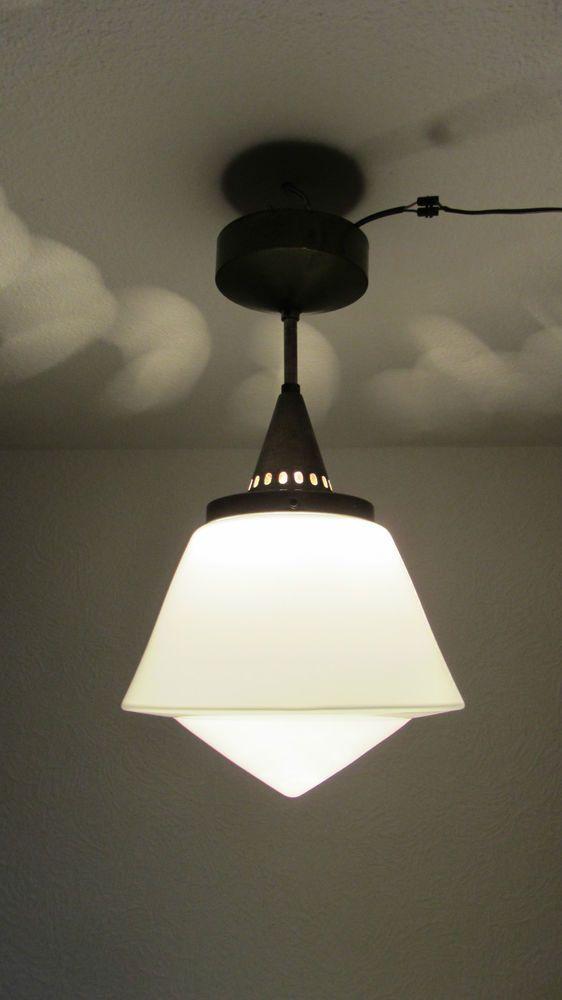 bauhaus opal glas lampe leuchte 30er j in m bel wohnen beleuchtung deckenlampen. Black Bedroom Furniture Sets. Home Design Ideas