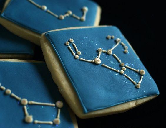 Gotta love these // Night sky, astronomy cookies