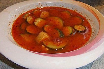 Ajvar-Zucchini-Topf