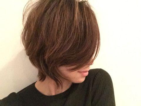 Mari Makaya On Instagram 大野さんに素敵にカットしてもらったんだ レイヤーたっぷり おすすめ ハイレイヤー レイヤー ウルフ Zacc 大野さん 大野くん ありがとうございます 長髪スタイル ヘアスタイル ヘアカット