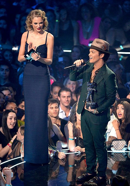 23 Problems Only Tall Women Have