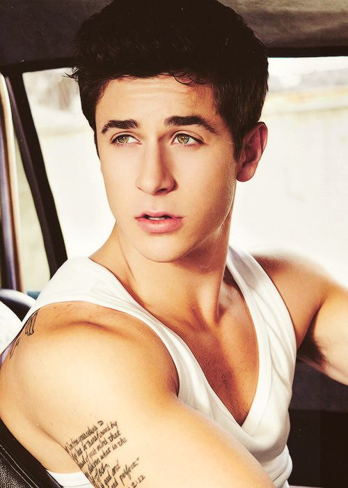 who knew Justin from Wizards of Waverly Place would grow up to look like this? :)