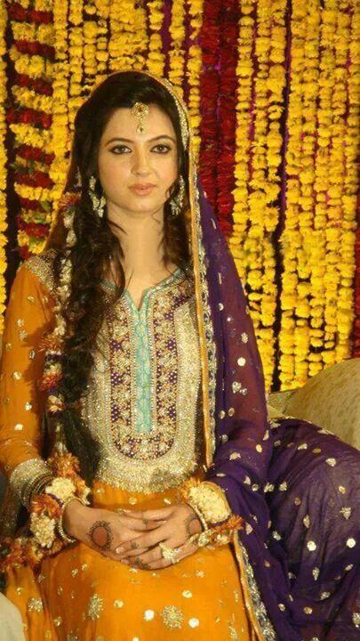 Mehndi Lehenga For Bride : Lehenga choli indian shaadi bridal fashion style