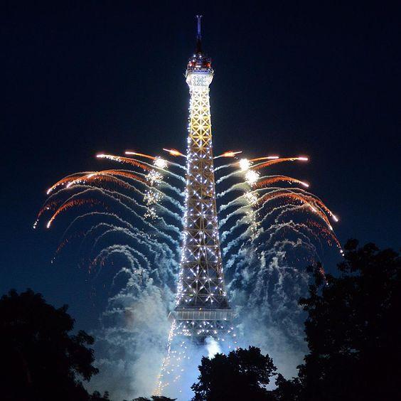 """#Paris / #Париж  14.07.2015 Bastille day / День взятия Бастилии  #ig_europe #wu_europe #loves_fotos #loves_france #loves_europe #loves_france_…"""