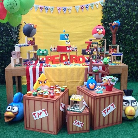 Festa Angry Birds divertida por @daniportes  #kikidsparty                                                                                                                                                      Más: