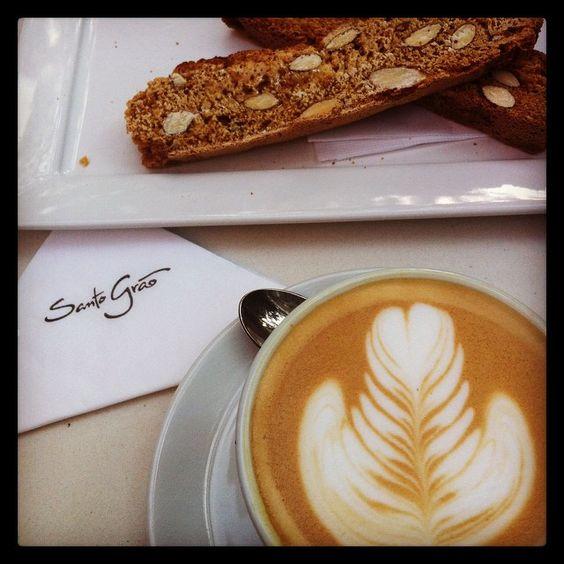 Coffee time.. #working #coffee #laptop #sun #best #coffeeplace #saopaulo #santograocafe #ilovecoffee