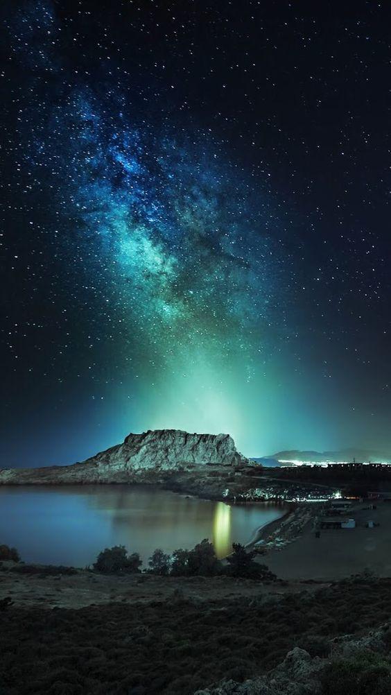 Pin By Inesu Saito On Stars And Moon View Wallpaper Night Background Nature Wallpaper