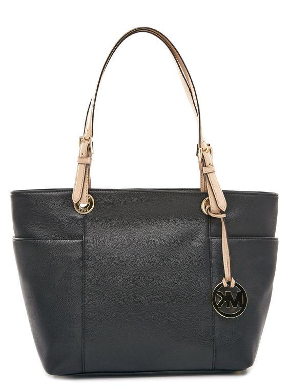 Farbe: Schwarz, Material: Leder Maße: 40 x 25 x 12cm (BxHxT) Das schöne Moccabraun verleiht Dir einen eleganten Look und sichert Dir jederzeit einen stilvollen Auftritt.