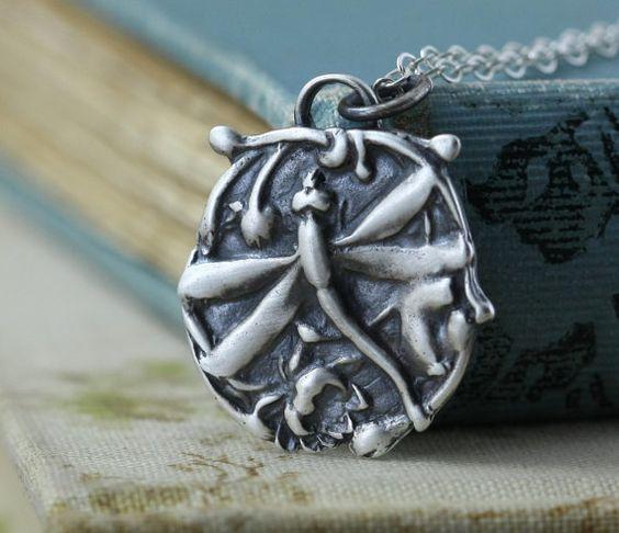 Silber Libelle Halskette, Lotus, buddhistischer Schmuck, Joy Halskette, Fee Woodland, liebte die Weitergabe