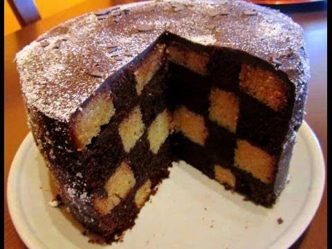 BIZCOCHO TABLERO AJEDREZ // CHECKERBOARD CAKE - YouTube