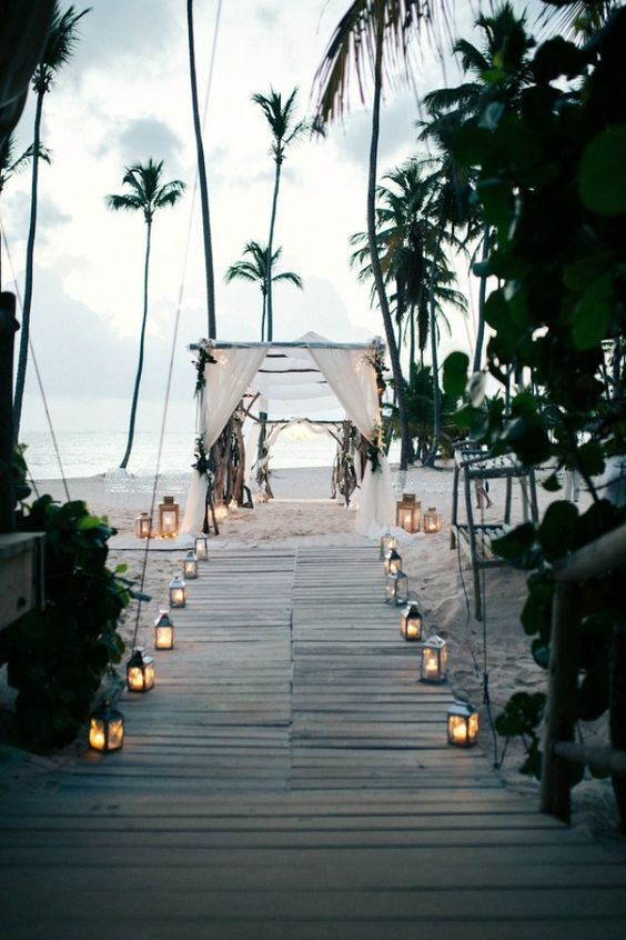 Fairytale Destination Wedding in Punta Cana, Dominican Republic - WeddingLovely Blog http://weddinglovely.com/blog/fairytale-destination-wedding-punta-cana-dominican-republic/