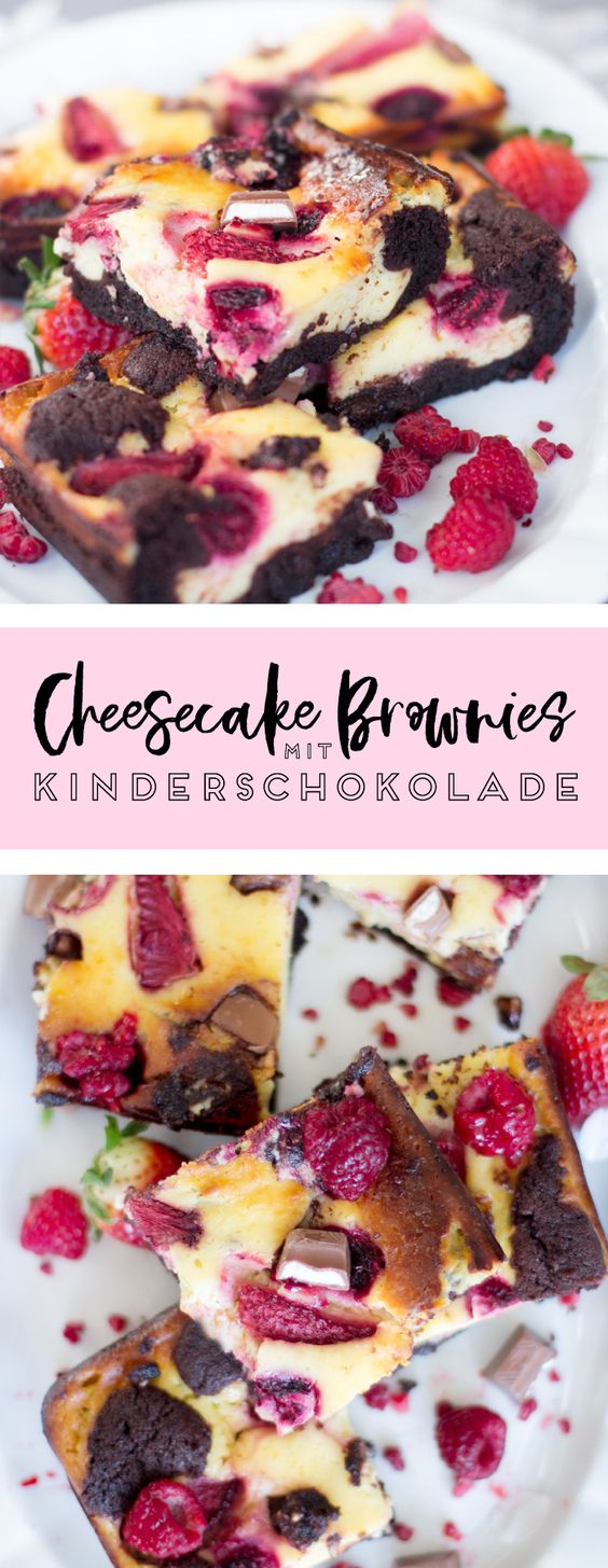 Cheesecake-Brownies mit Beeren und Kinderschokolade